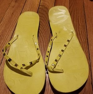 mad love Shoes - Mad love flip flops